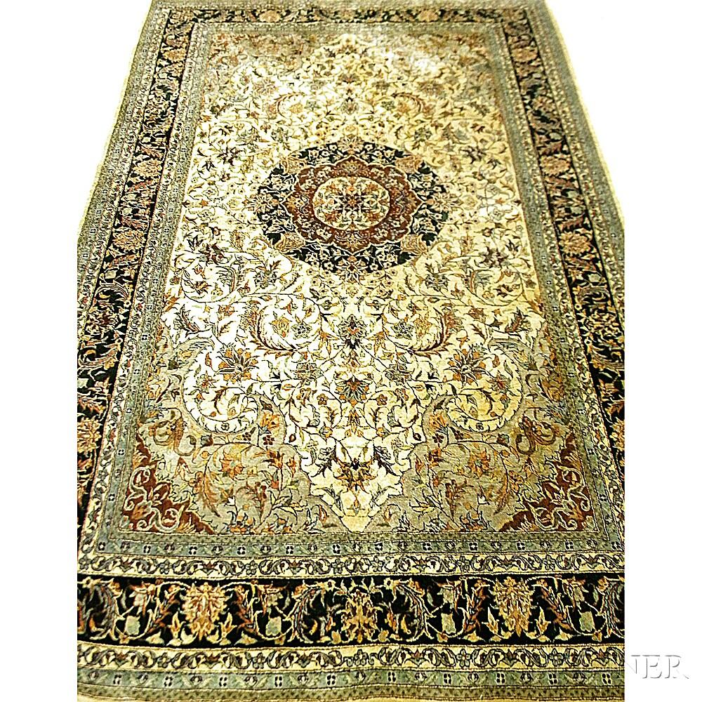 Central Persian-style RugCentral Persian-style Rug