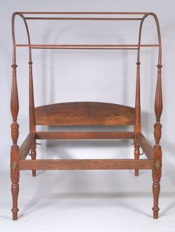 Federal Maple Red-Stained Canopy Bed