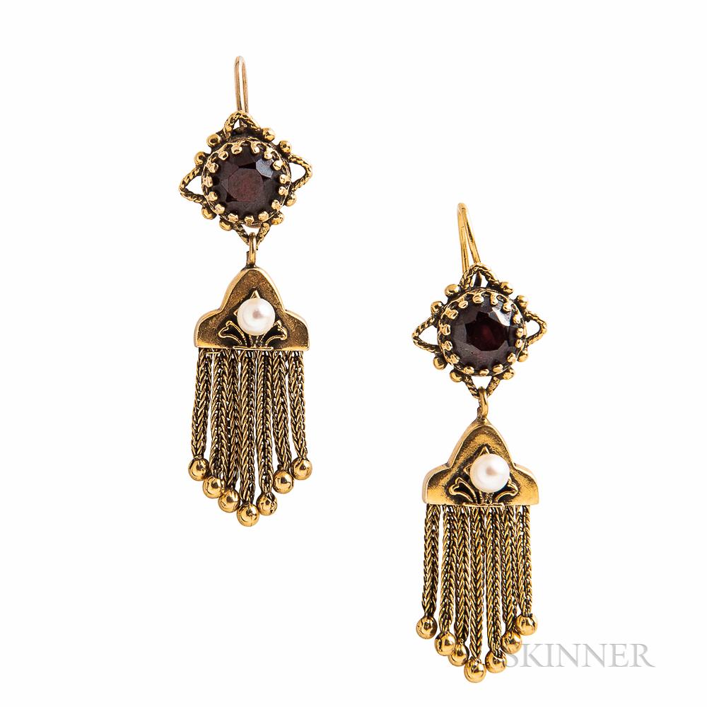 14kt Gold and Garnet Tassel Earrings