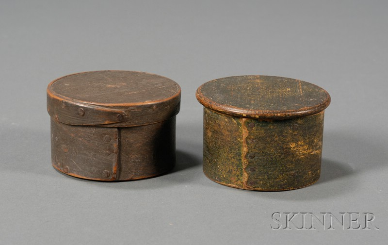 Two Small Round Painted Lapped-seam Covered Boxes