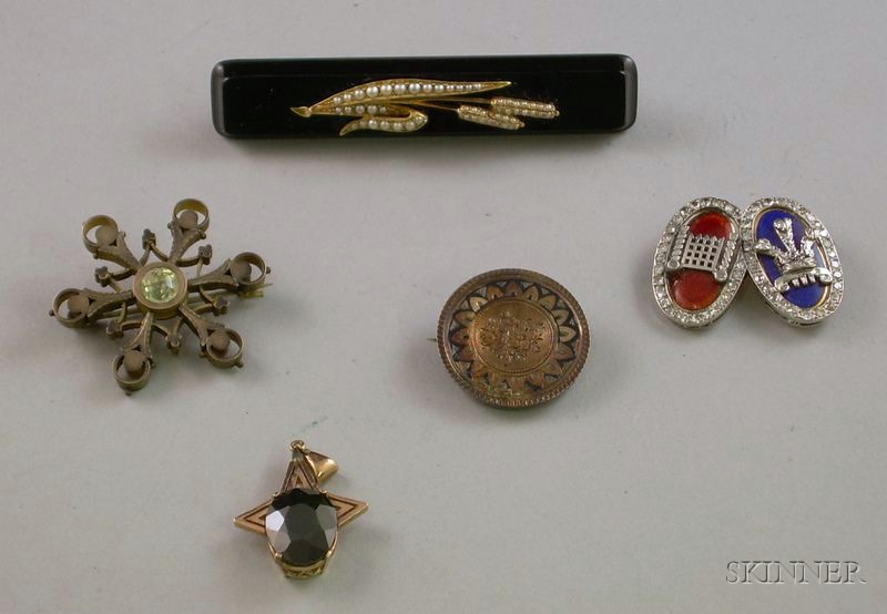 Small Group of Victorian and Later Jewelry