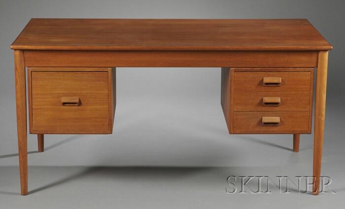 Borge Mogensen (1914-1972) Desk