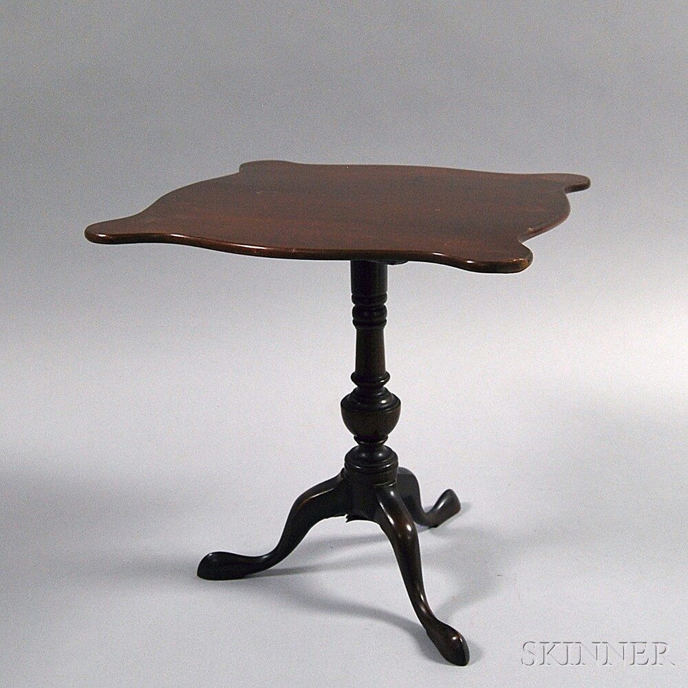 Miniature Queen Anne-style Mahogany Tilt-top Tea Table