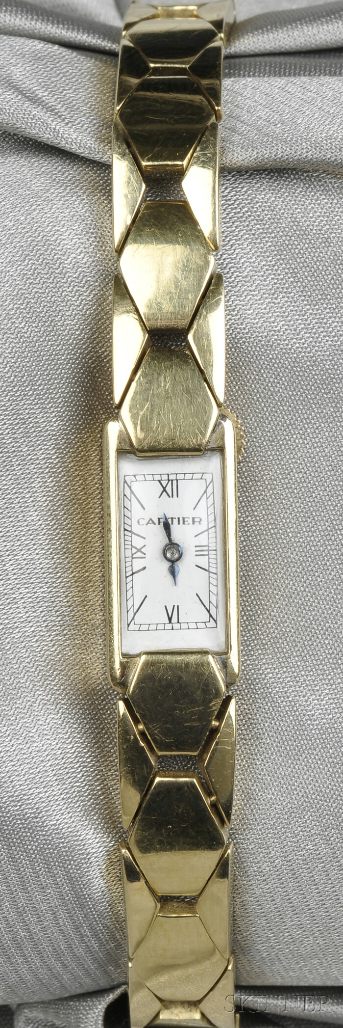Lady's 18kt Gold Wristwatch, Cartier, France