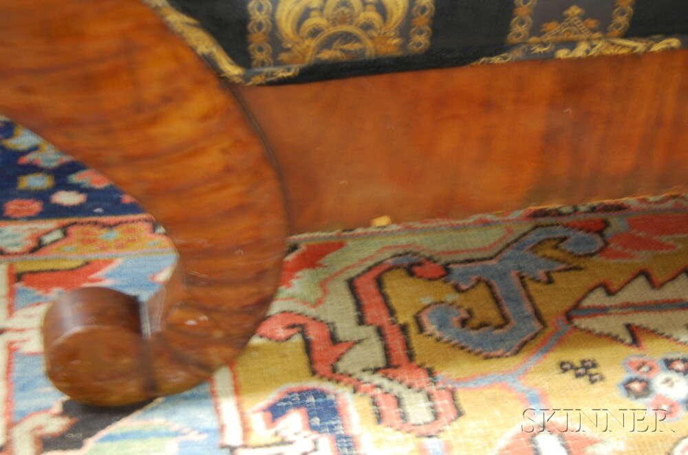Classical Mahogany Veneered Sofa