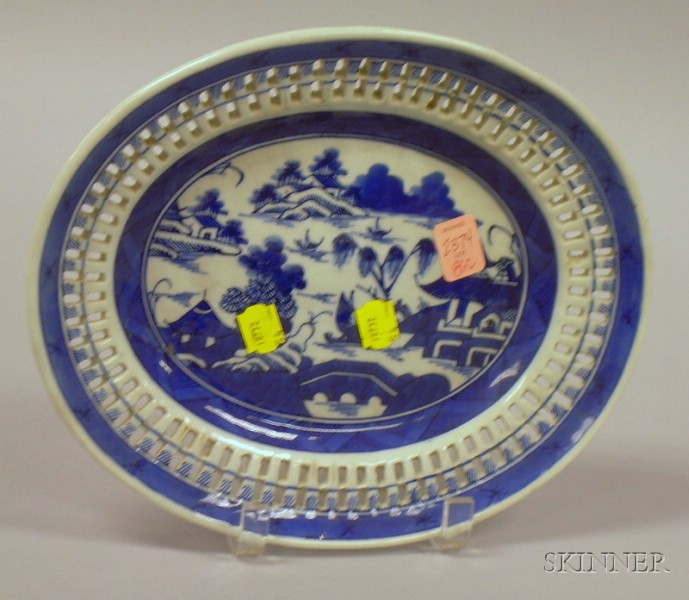 Chinese Export Porcelain Canton Blue and White Reticulated Platter