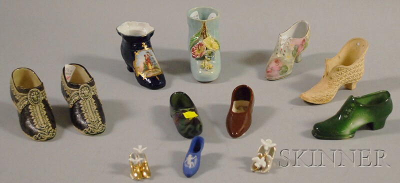 Collection of Miniature Decorated Ceramic Shoes and a Fifteen-piece Wedgwood   Queen's Ware Torbay Pattern Partial Tea Service