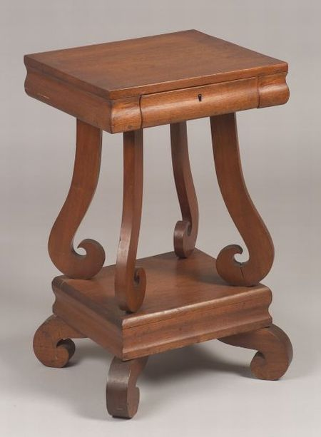 Country Classical Walnut One-Drawer Stand.