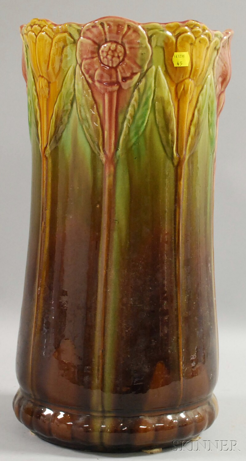 Ohio Art Pottery Majolica Glazed Umbrella Stand.     Estimate $75-100