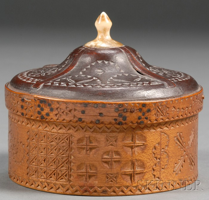 Sailor-made Chip-carved Covered Trinket Box