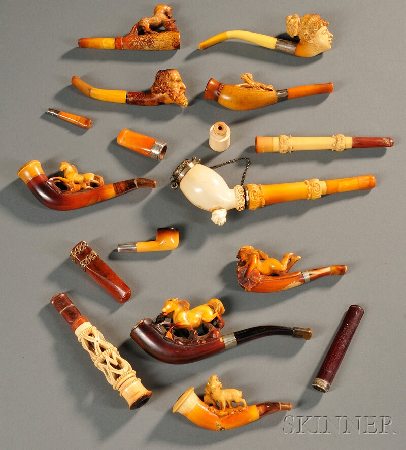 Fourteen Assorted Pipes and Cheroot Holders