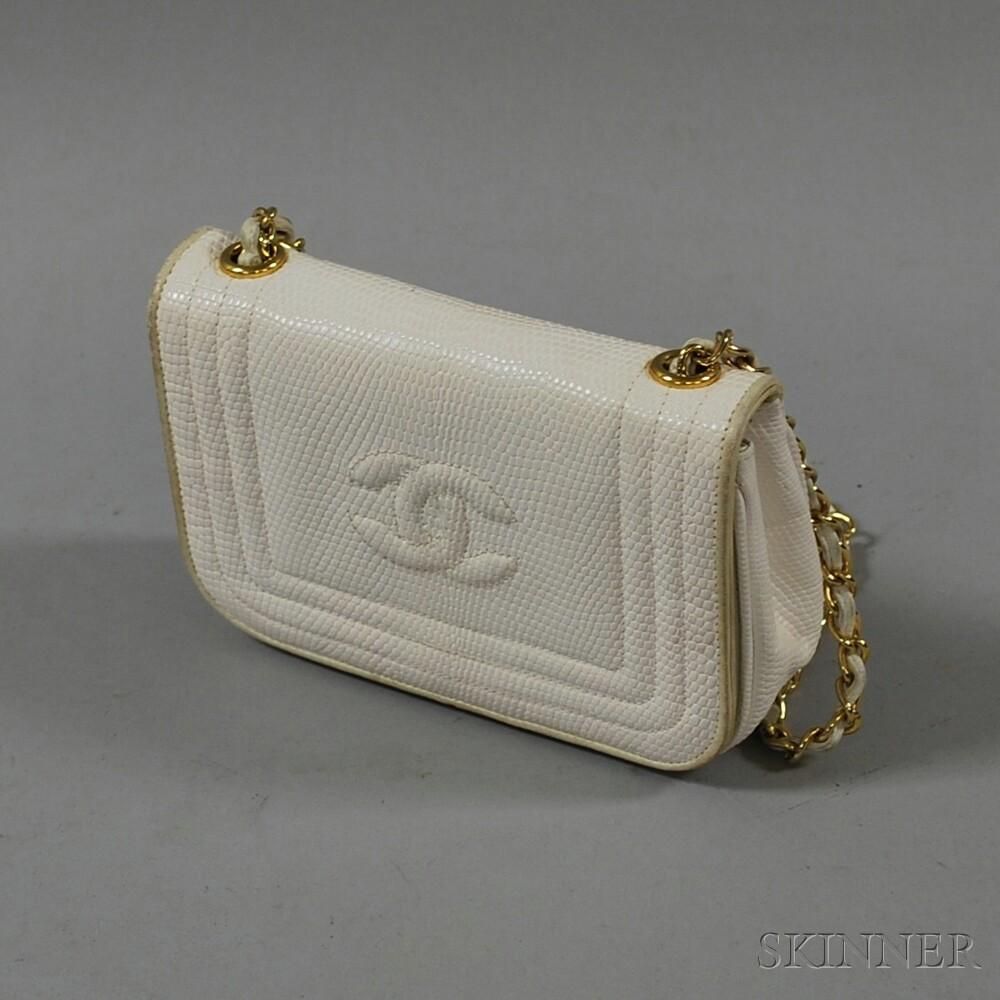 Chanel White Leather Snake Skin-pattern Shoulder Bag
