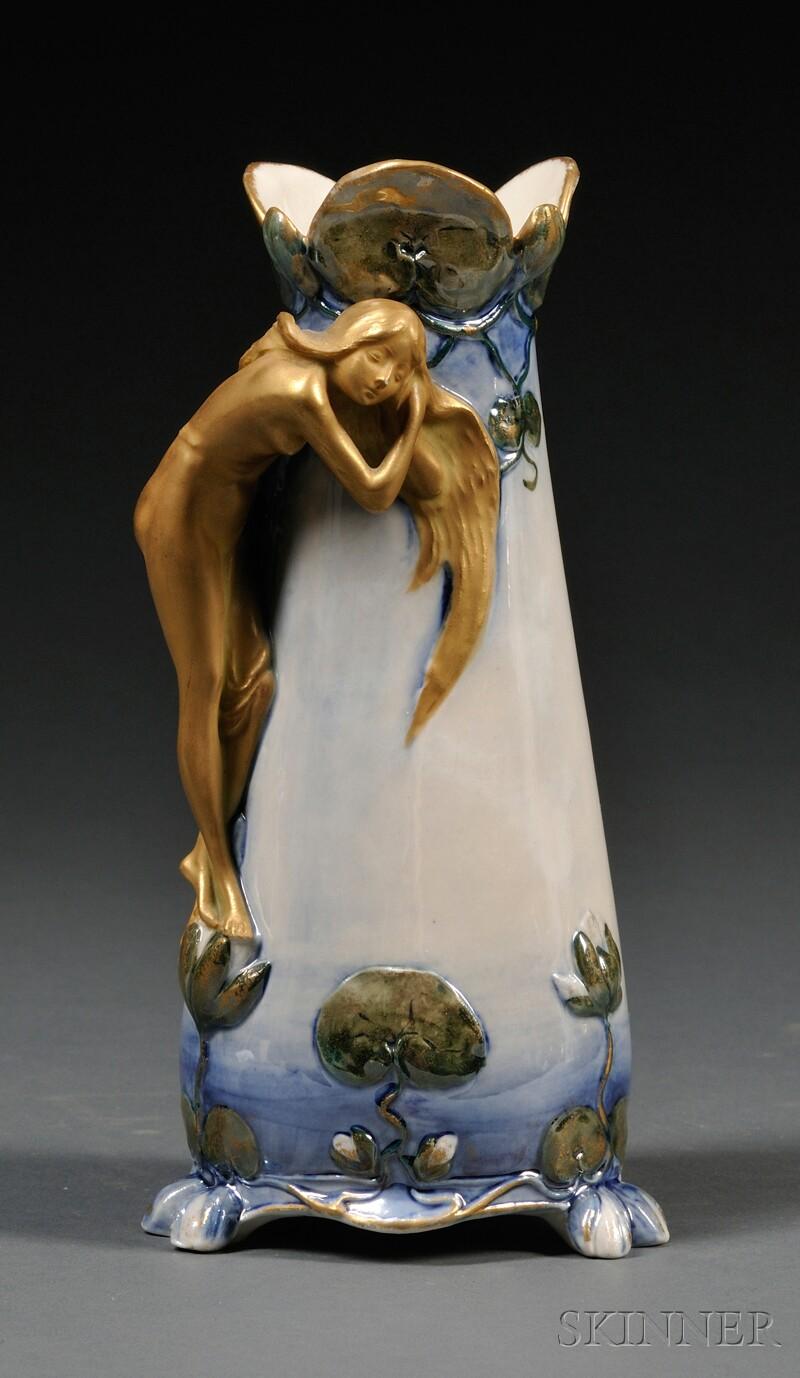 Ernest Wahliss Alexandra Art Nouveau Porcelain Vase