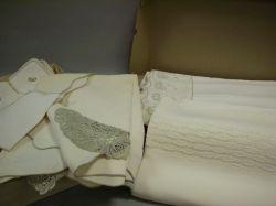 Five Linen Tablecloths with Sets of Napkins, Etc.