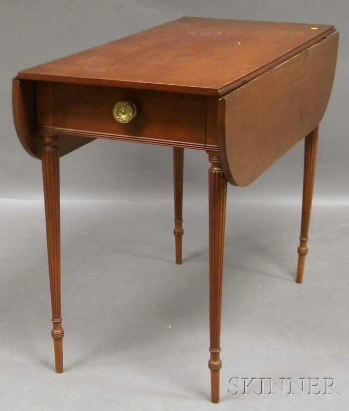 Federal-style Mahogany Drop-leaf Pembroke Table with End Drawer.