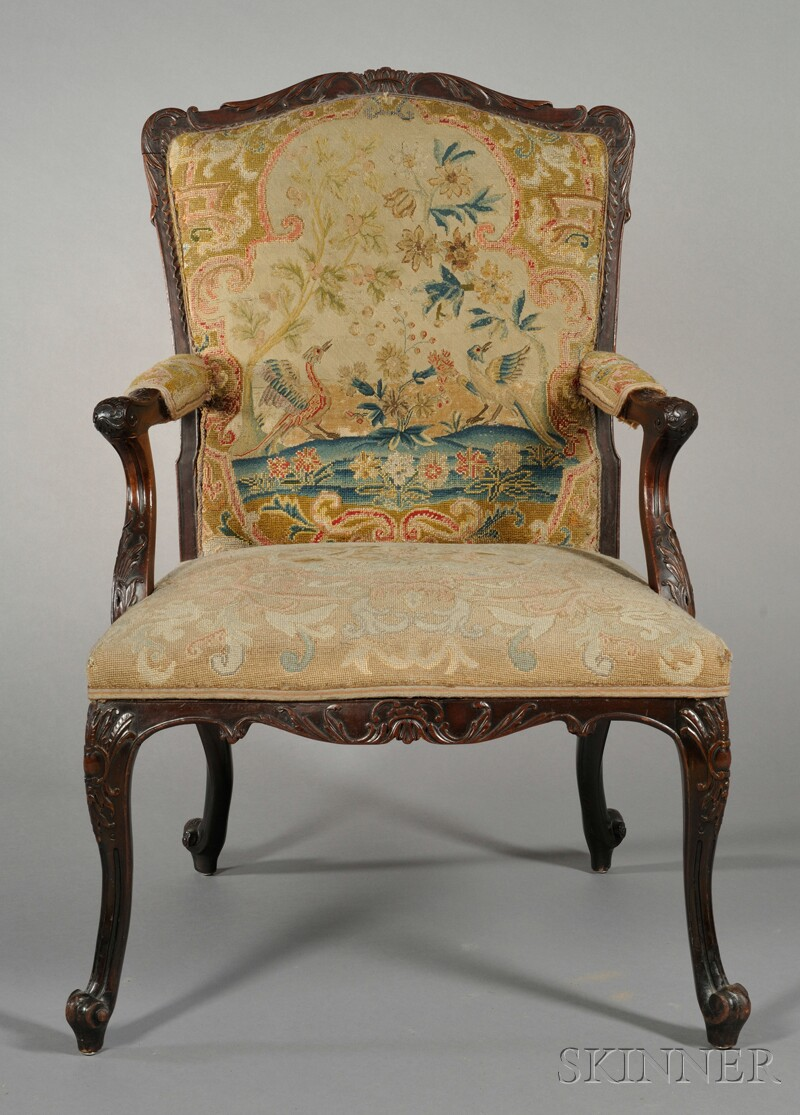 Louis XV-style Walnut Fauteuil