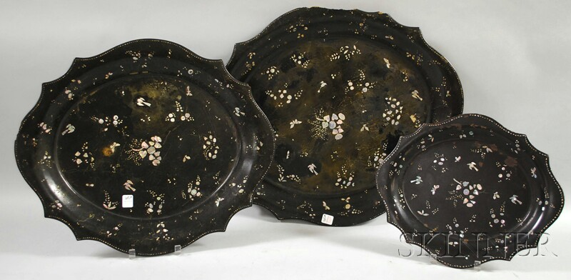 Set of Three Graduated Rococo Revival Mother-of-pearl Inlaid Papier-mache Trays