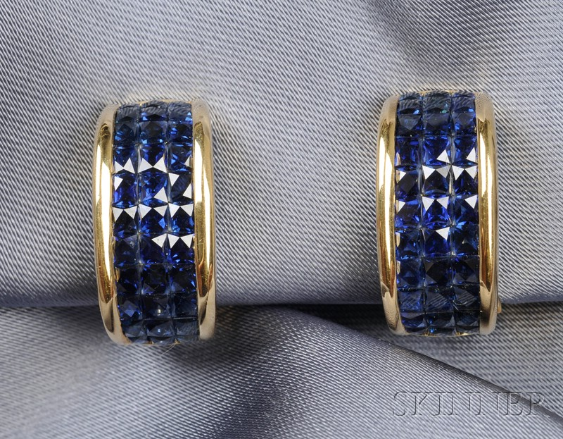 18kt Gold and Sapphire Earrings