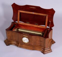 Eight Air Musical Box With Clock