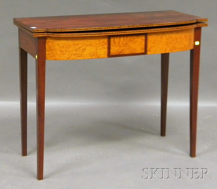 Federal Inlaid Birch and Bird's-eye Maple Veneer Swell-front Card Table.     Estimate $400-600