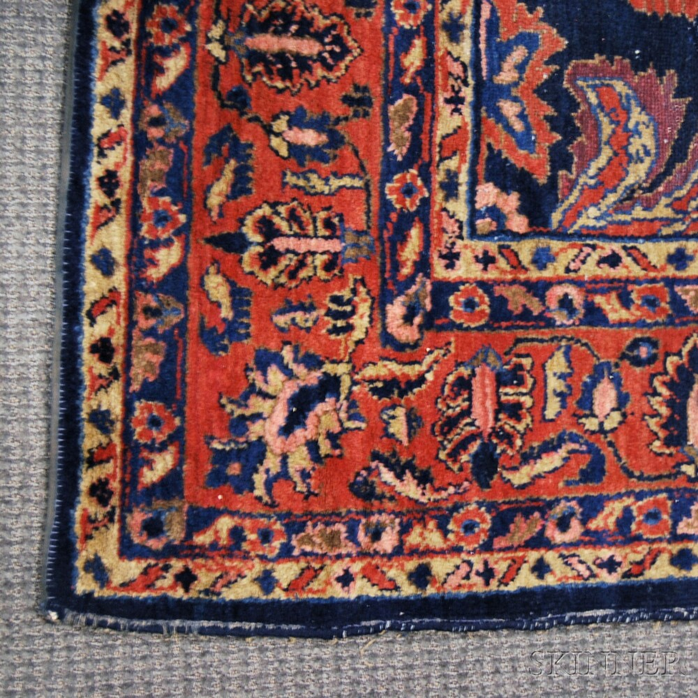 Lillihan Small Carpet