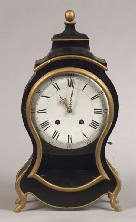 Continental Empire-style Ebonized and Parcel Gilt Mantel Clock