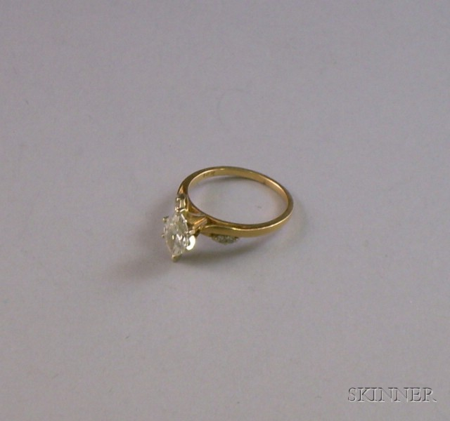 14kt Yellow Gold Marquise-cut Diamond Ring