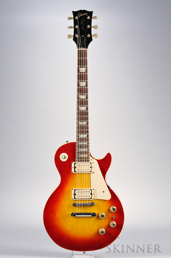 American Electric Guitar, Gibson Incorporated, Kalamazoo, 1971, Model Les Paul Deluxe, the headstock with inlaid GIBSON, stamped 61816