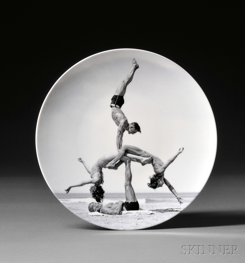 Jeff Koons (American, b. 1955)      WOW (Works on Whatever) Plate Edition