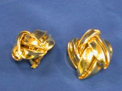 Pair of 18kt Gold Large Knot Earclips.