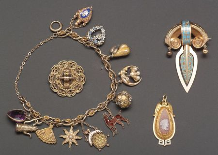 Group of Victorian Jewelry Items
