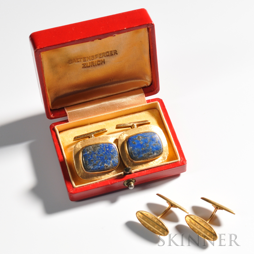 Two Pairs of 18kt Yellow Gold Cuff Links, one pair set with lapis, the other with geometric designs, total 17.2 dwt.