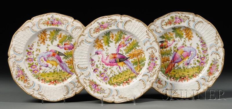 Twelve Samson Porcelain Plates Decorated with Tropical Birds