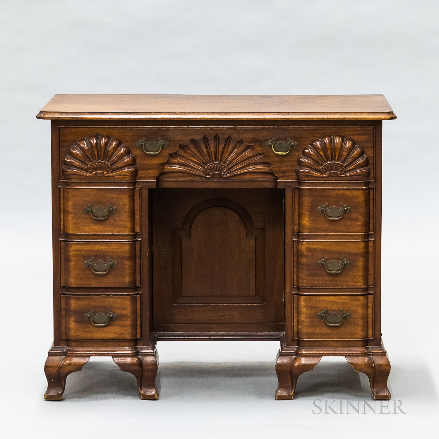 Chippendale-style Shell-carved Mahogany Small Desk