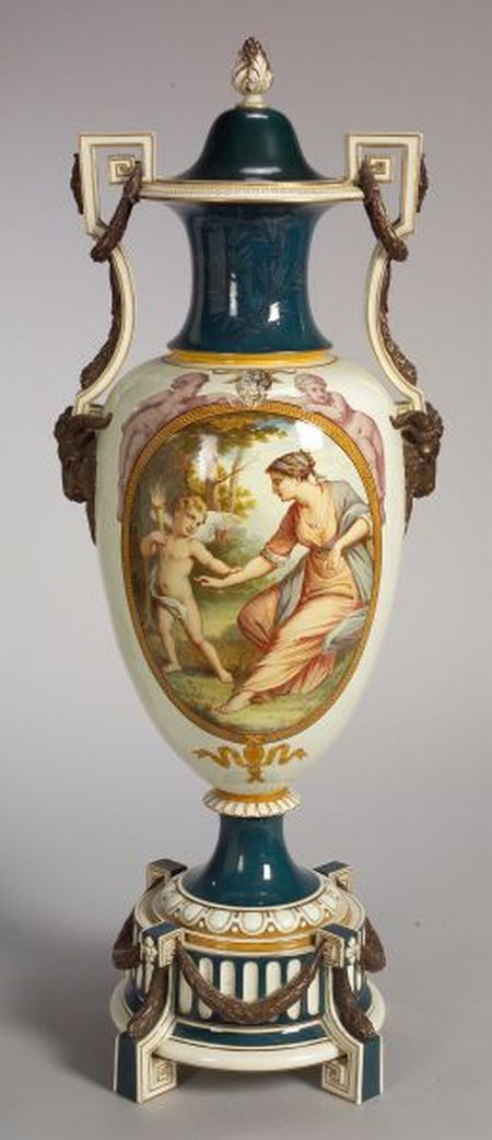 Wedgwood Thomas Allen Decorated Floor Vase With Cover And Stand