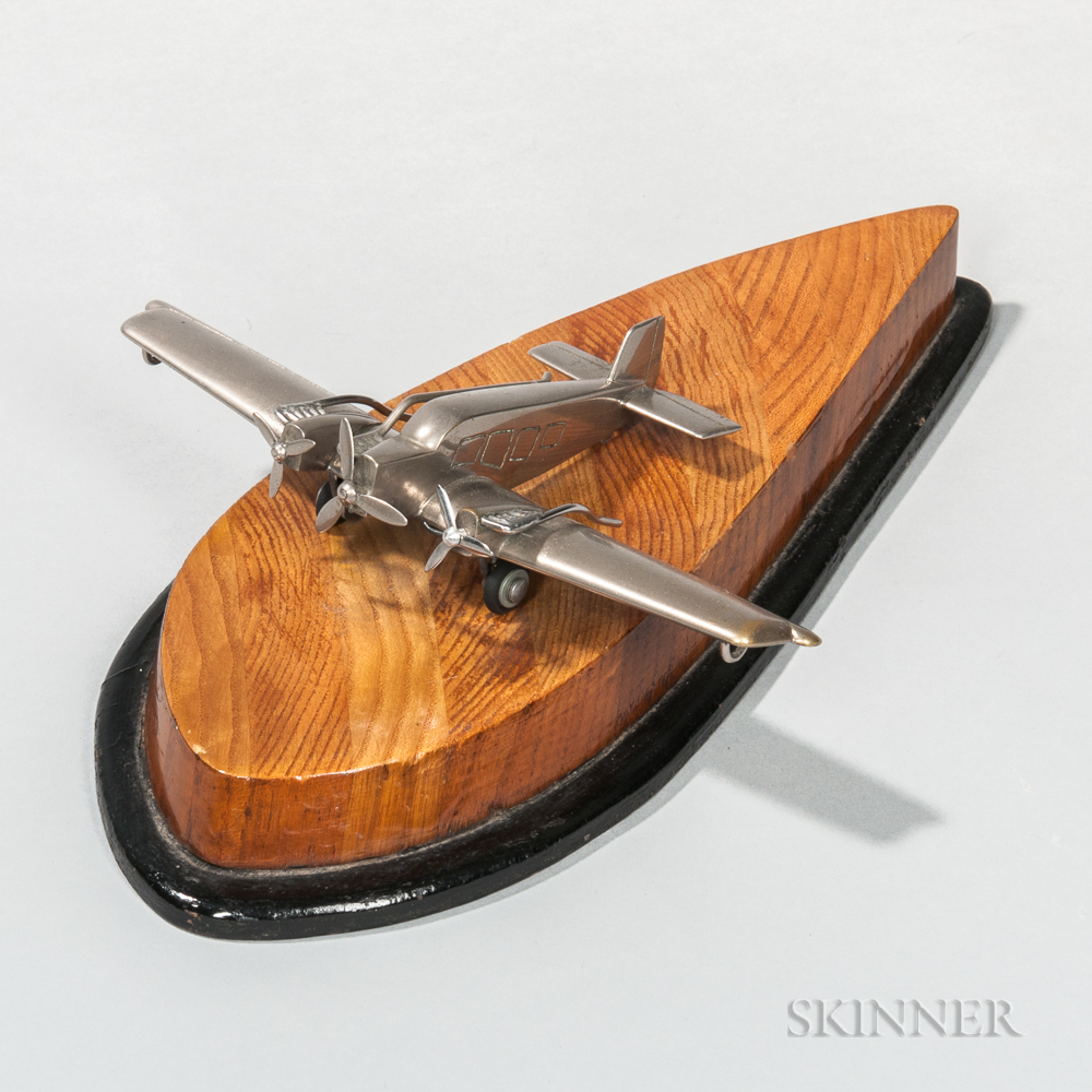 Art Deco Tri-propeller Plane Aviation Model