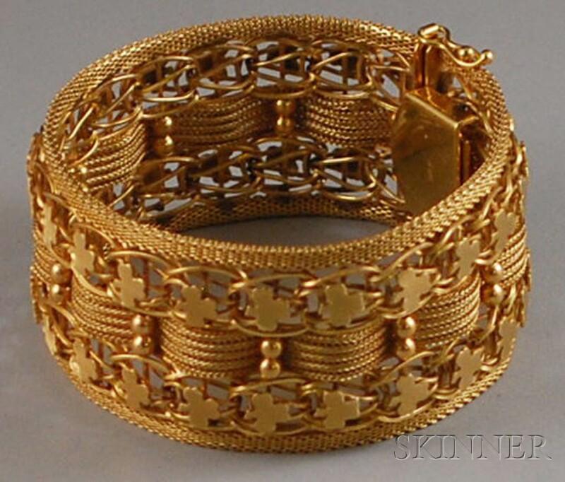Wide 14kt Gold Flexible Bracelet