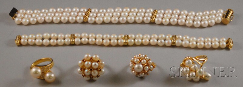 Four Gold and Pearl Rings and Two Multi-strand Pearl Bracelets