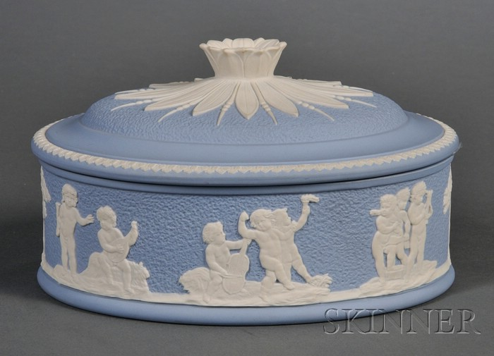 Modern Wedgwood Solid Blue Jasper Lady's Paint Box and Cover