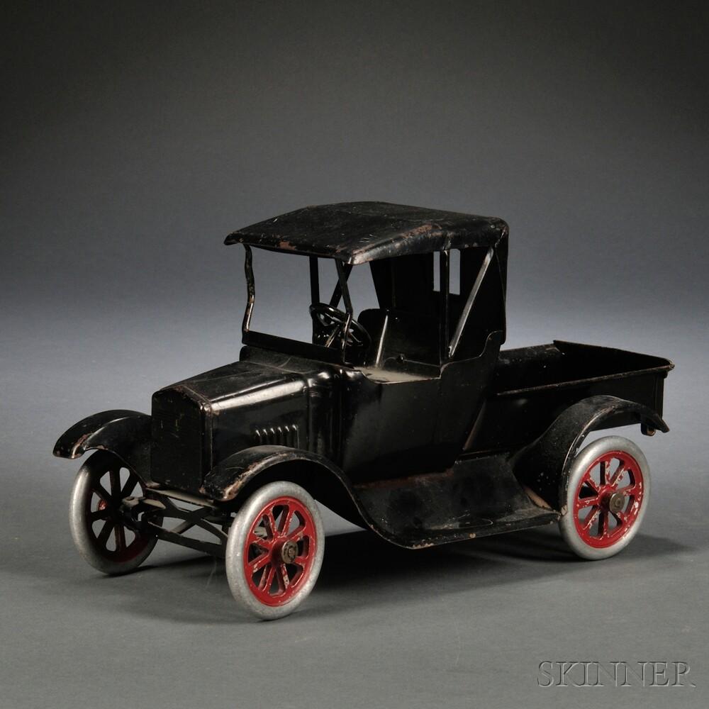 buddy l black painted pressed steel ford model t pickup truck sale number 2677m lot number. Black Bedroom Furniture Sets. Home Design Ideas