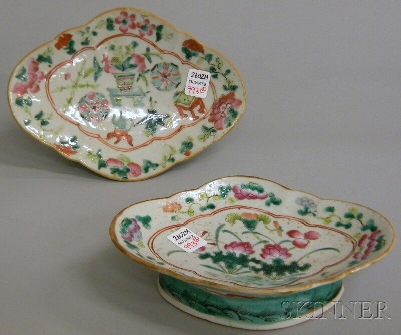 Two Chinese Porcelain Famille Rose Shaped Footed Dishes