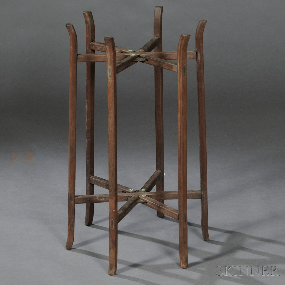 Folding Basin Stand