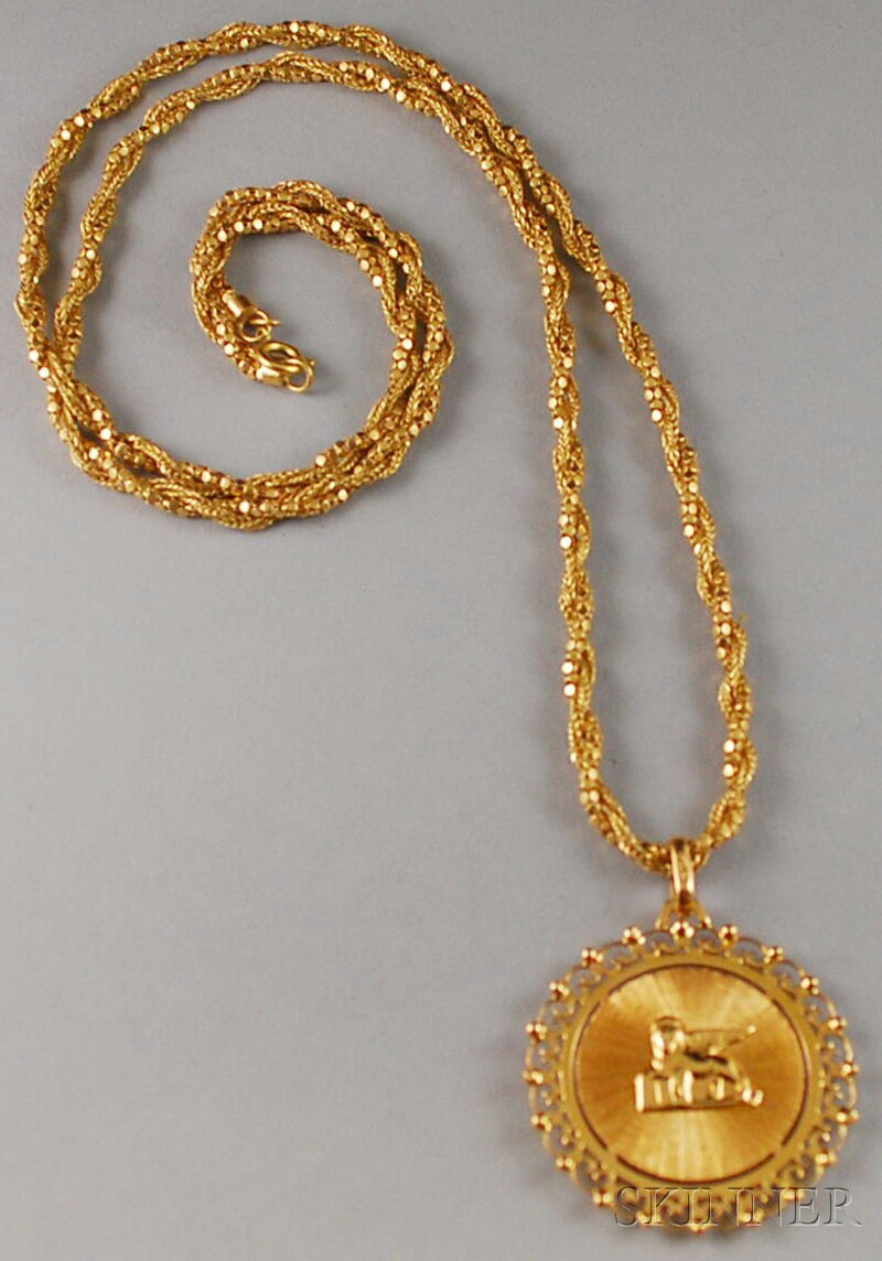 18kt Gold Egyptian Revival Pendant Necklace
