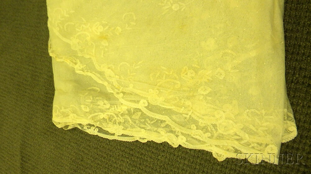 Five Continental Lace Shawls/Veils