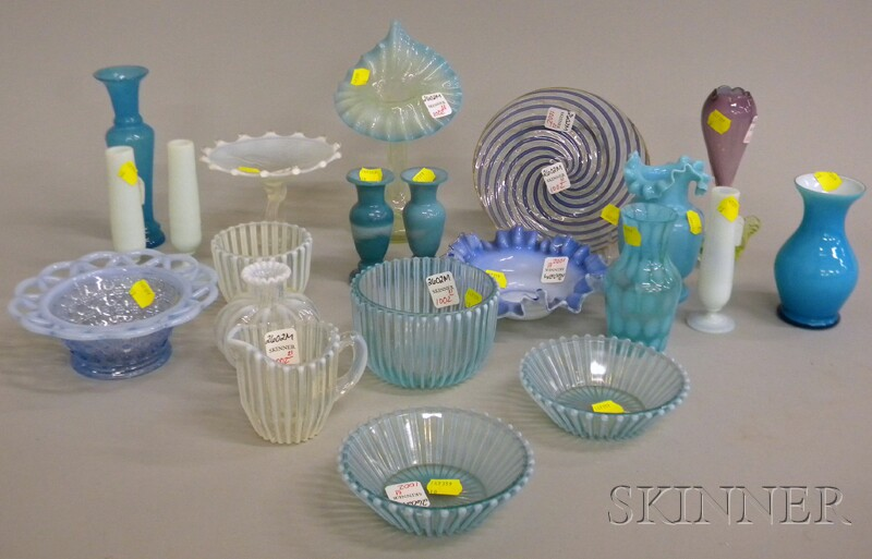 Twenty-one Pieces of Late Victorian and Victorian-style Art Glass.