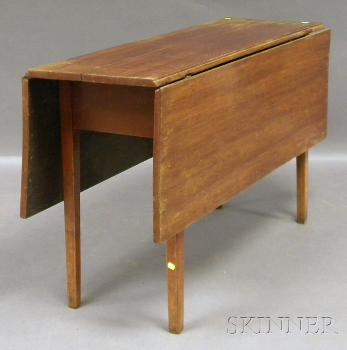 Chippendale Drop-leaf Table