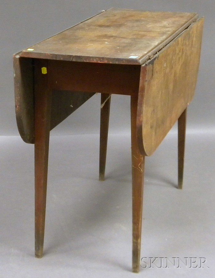 Federal Birch Drop-leaf Table with Tapering Legs