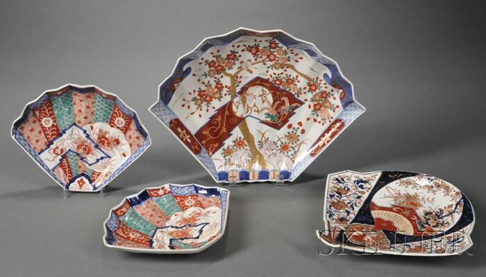 Four Imari Porcelain Fan-shaped Serving Dishes