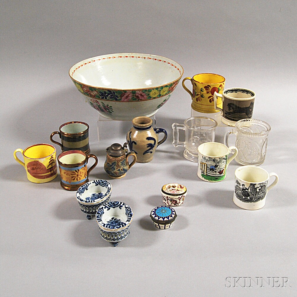 Sixteen Glass and Ceramic Items
