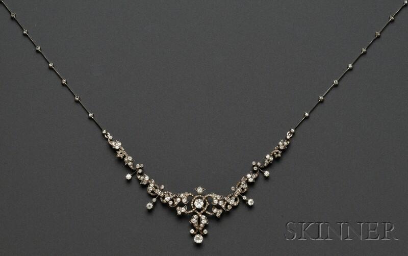 Antique Diamond Convertible Suite